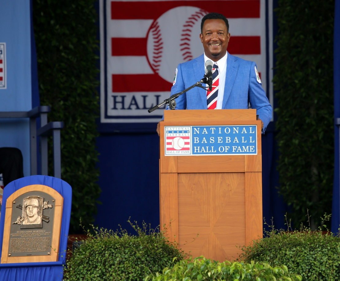 Pedro Martinez addresses the crowd.